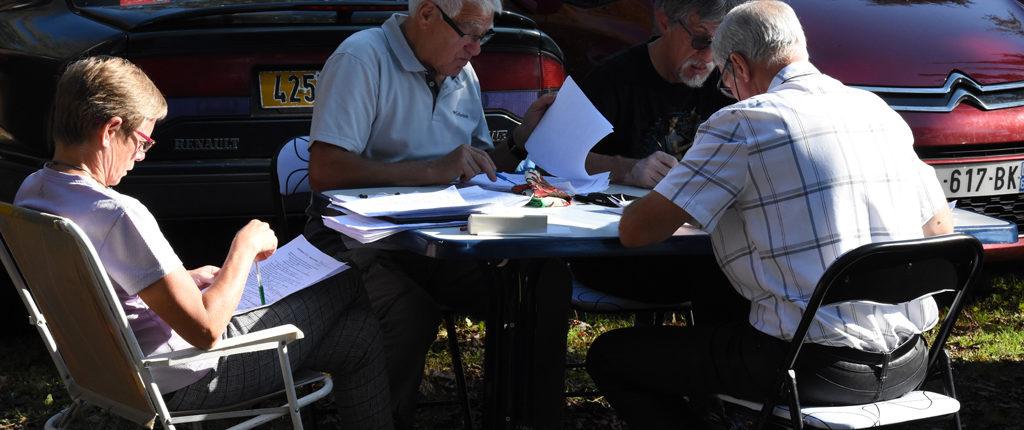 La correction des feuilles de route du rallye culturel 2017 des Amis de la Nature du Bas-Rhin.